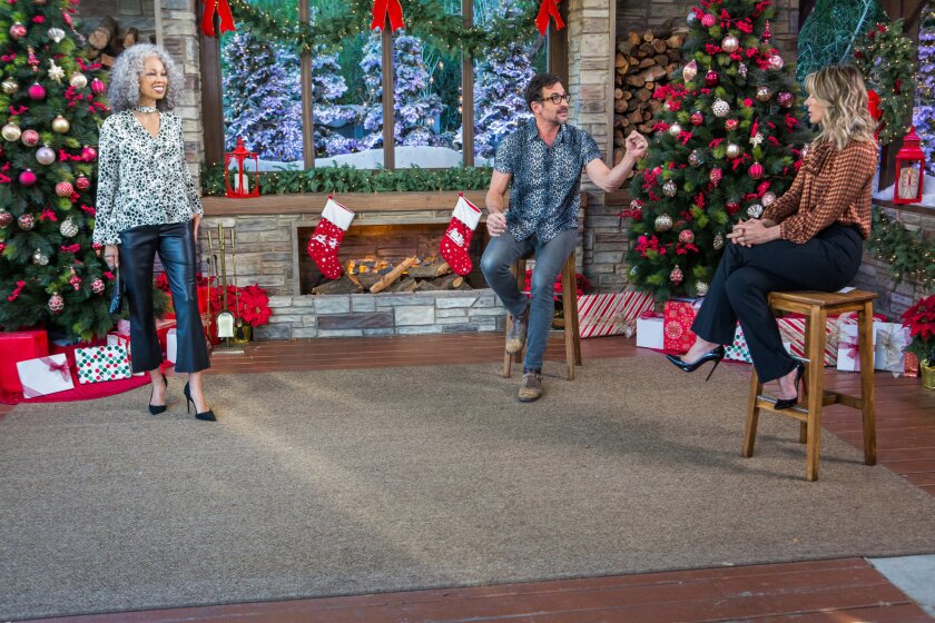 Home and Family 9049 Final Photo Assets