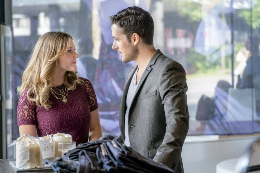 """Check out photos from the Hallmark Channel original movie """"Summer in the City,"""" starring Julianna Guill, Marc Bendavid, Vivica A. Fox and Marla Sokoloff"""