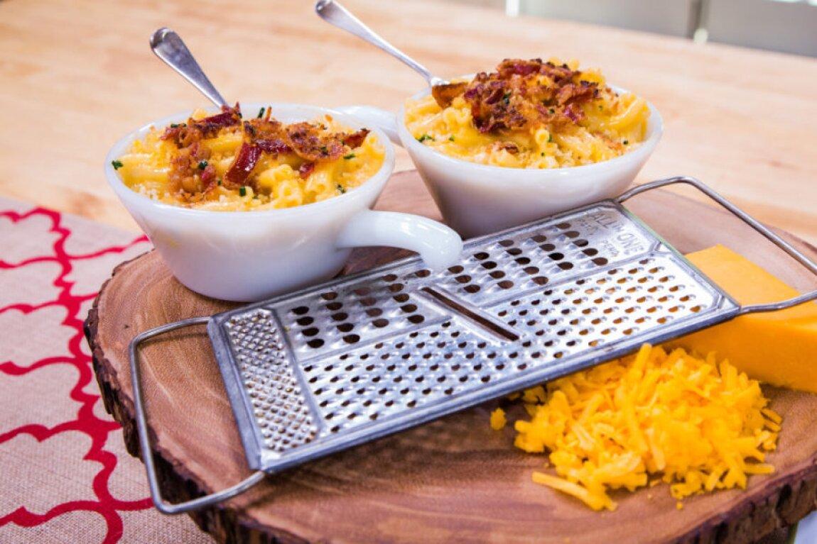 Teri's Macaroni & Cheese From Debbie Macomber's Cedar Cove Cookbook