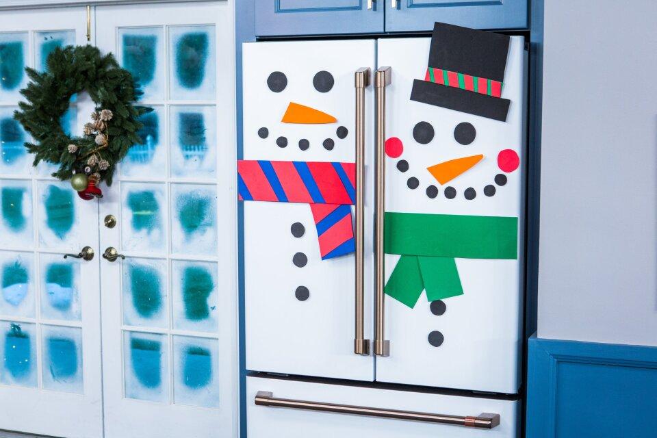 DIY Fridge Snowman