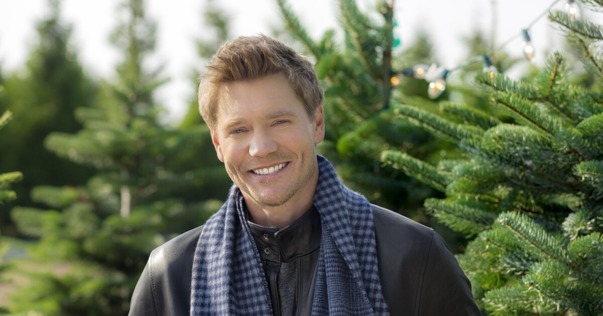 Road To Christmas  Cast 2020 Chad Michael Murray as Danny Wise on Road to Christmas
