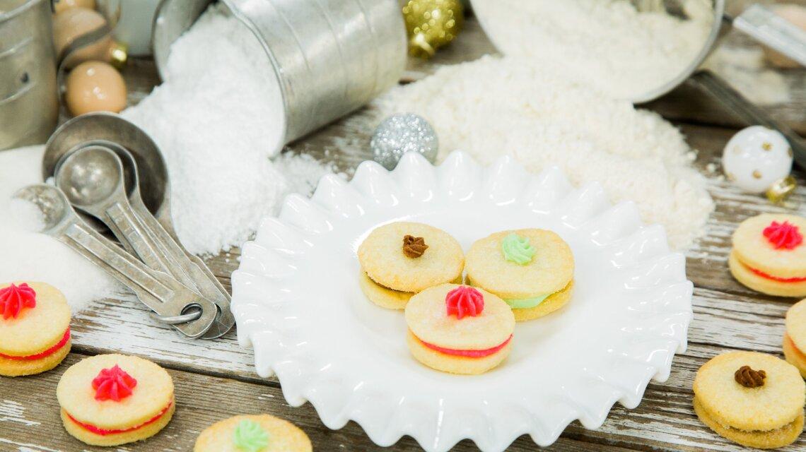 Holiday Cream Wafers