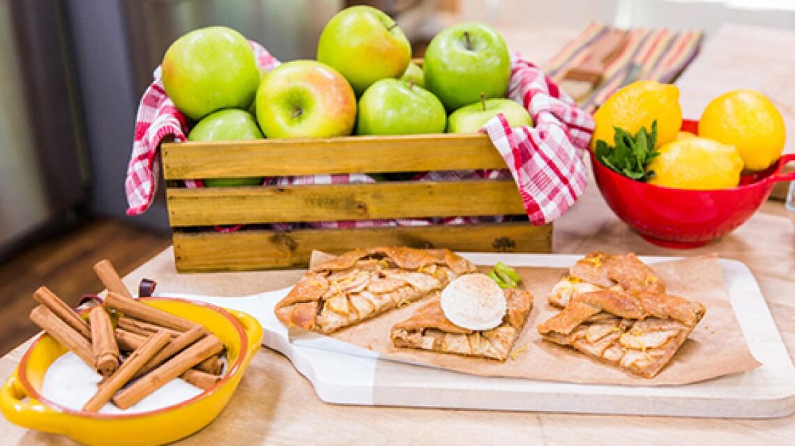 Chef Graham Elliot's Apple Tart