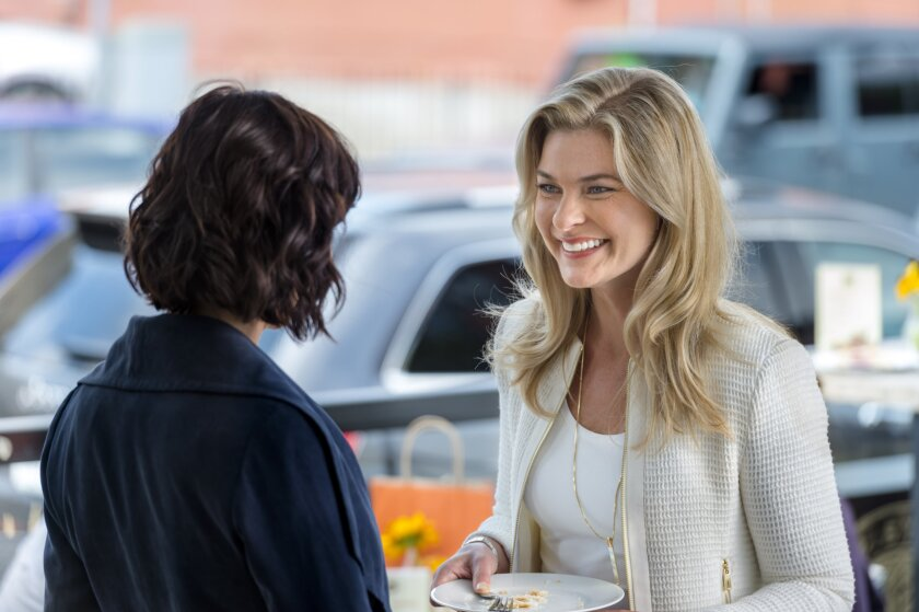 GoodWitch_EP201_0463