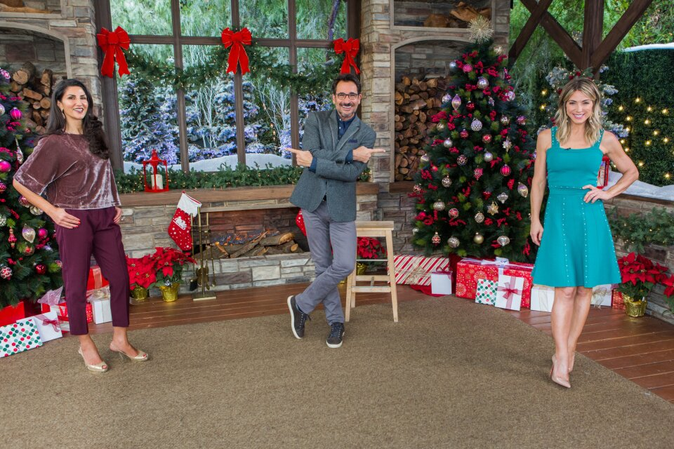 Lawrence Zarian's Tips for Holiday Blouses