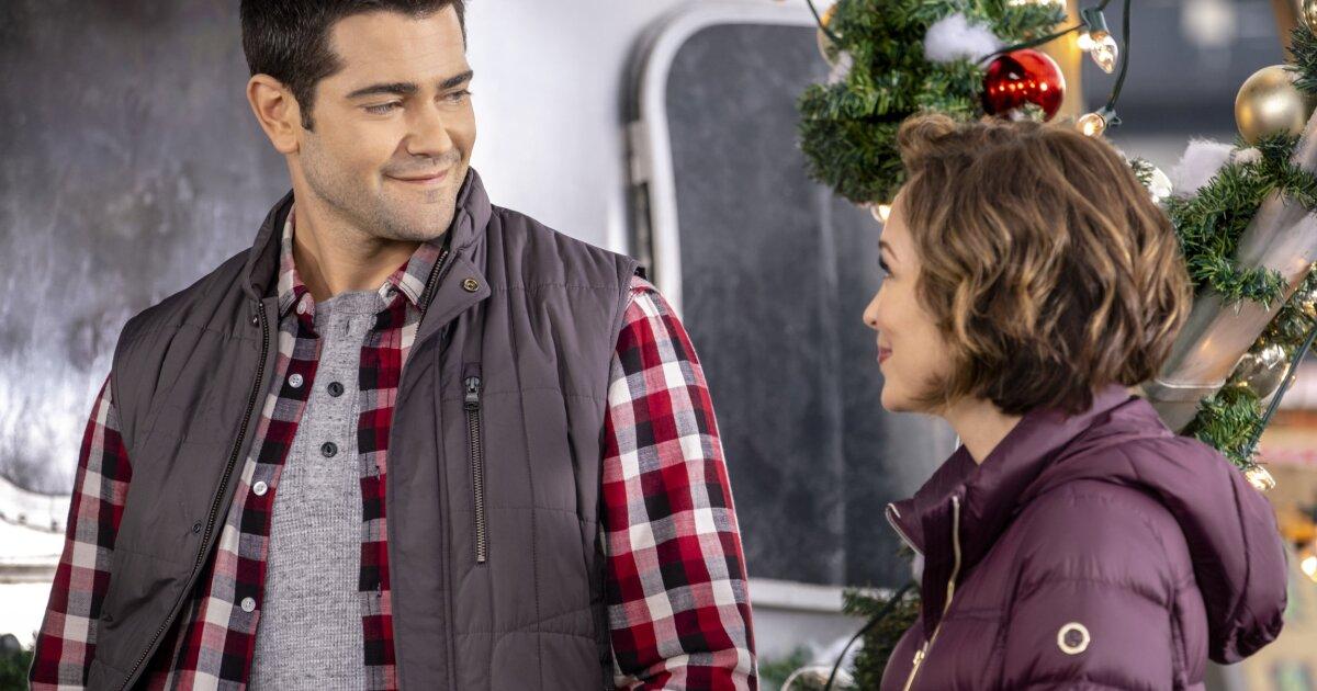 Preview + Sneak Peek - Christmas Under the Stars