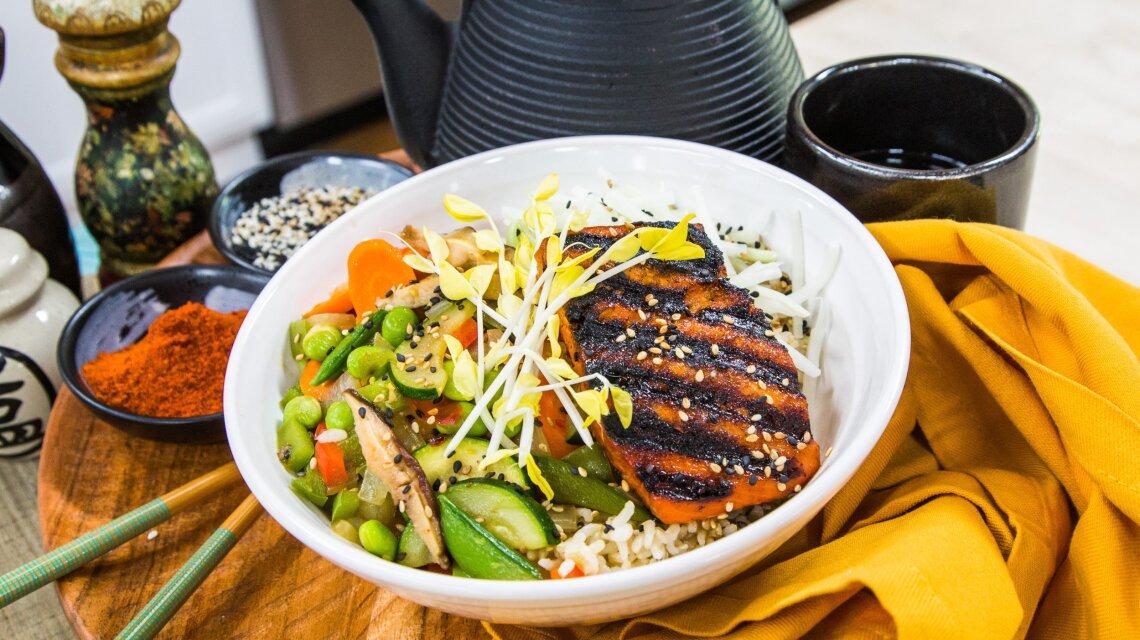 BBQ Salmon Rice Bowl
