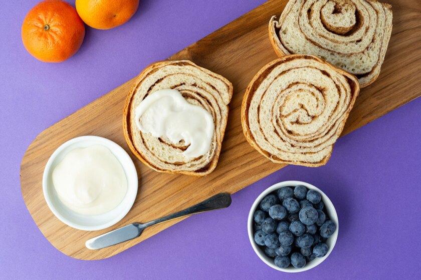 Cinn-Swirl-Bread-from-above-1000x667-wayin.jpg