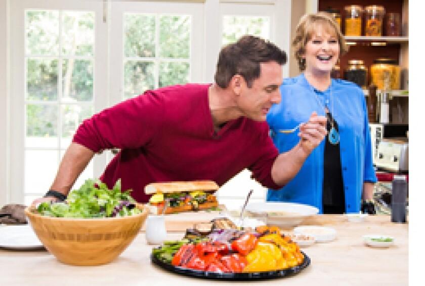 Image: http://images.crownmediadev.com/episodes/Medias/RichText/segment-cristina-cooks-ep1122.jpg