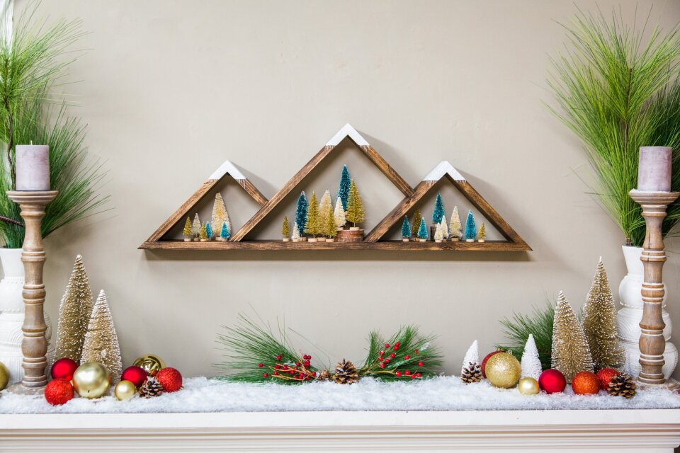 DIY Mountain Vista Shelf
