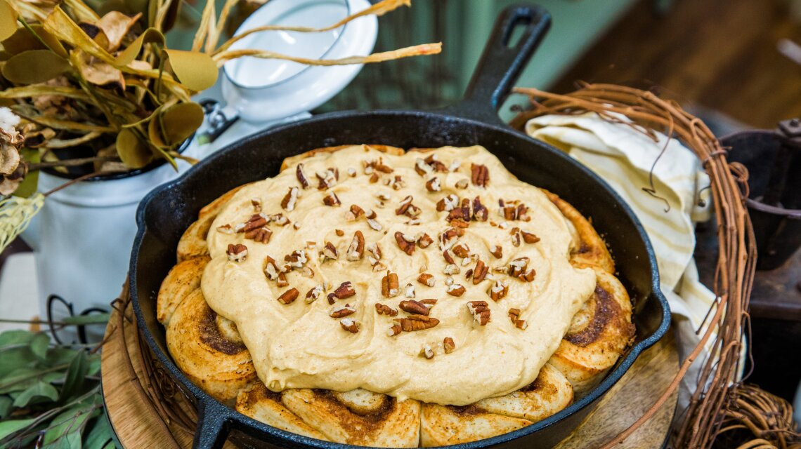 Cast-Iron Skillet Cinnamon Rolls with Maple Pumpkin Cream Cheese Frosting