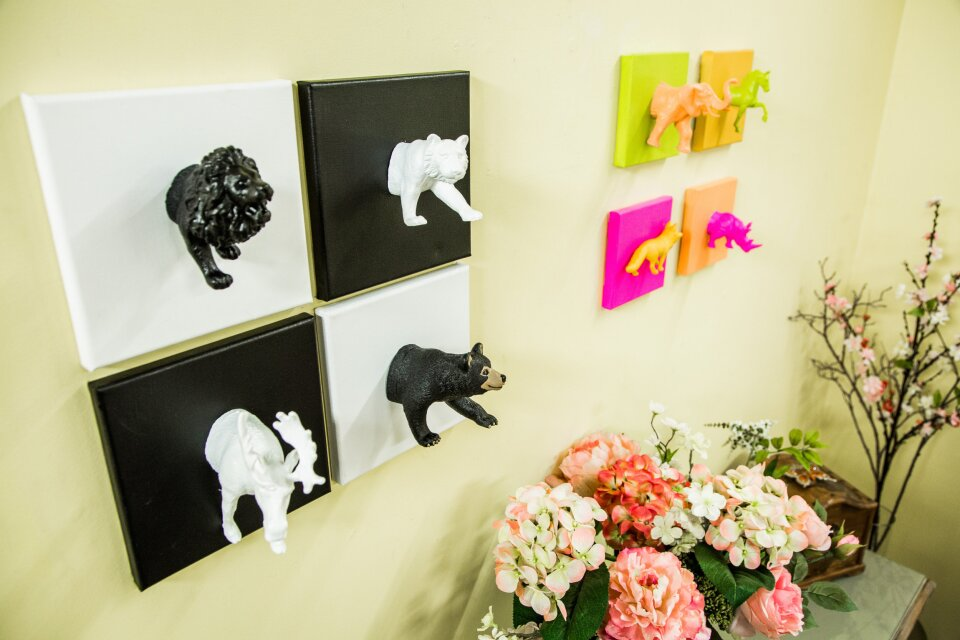 DIY Mini Animal Canvases