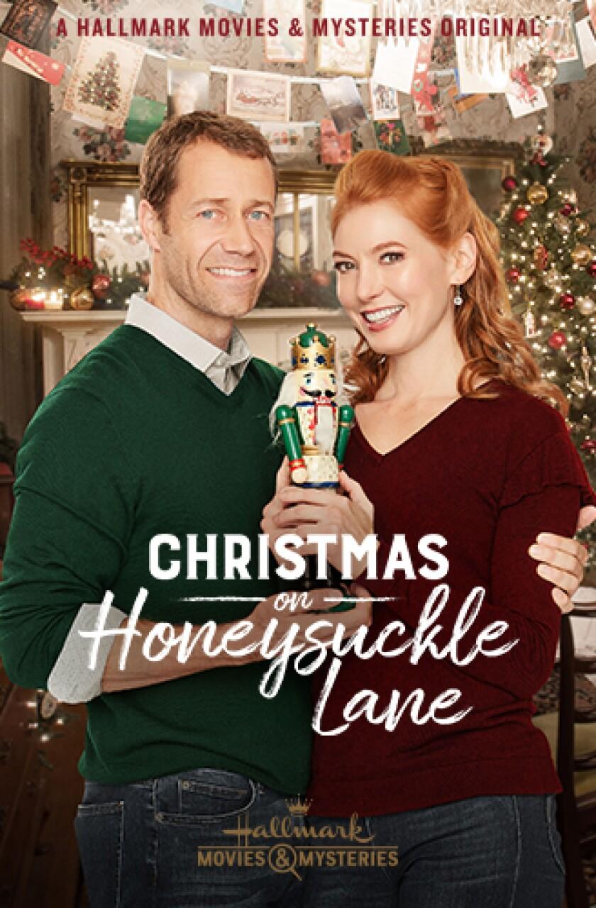 DIGI18-ChristmasAtHoneysuckleLane-Portrait-328x500.jpg
