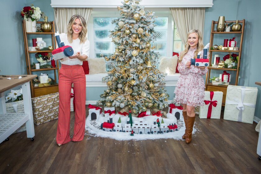 Home and Family 9051 Final Photo Assets