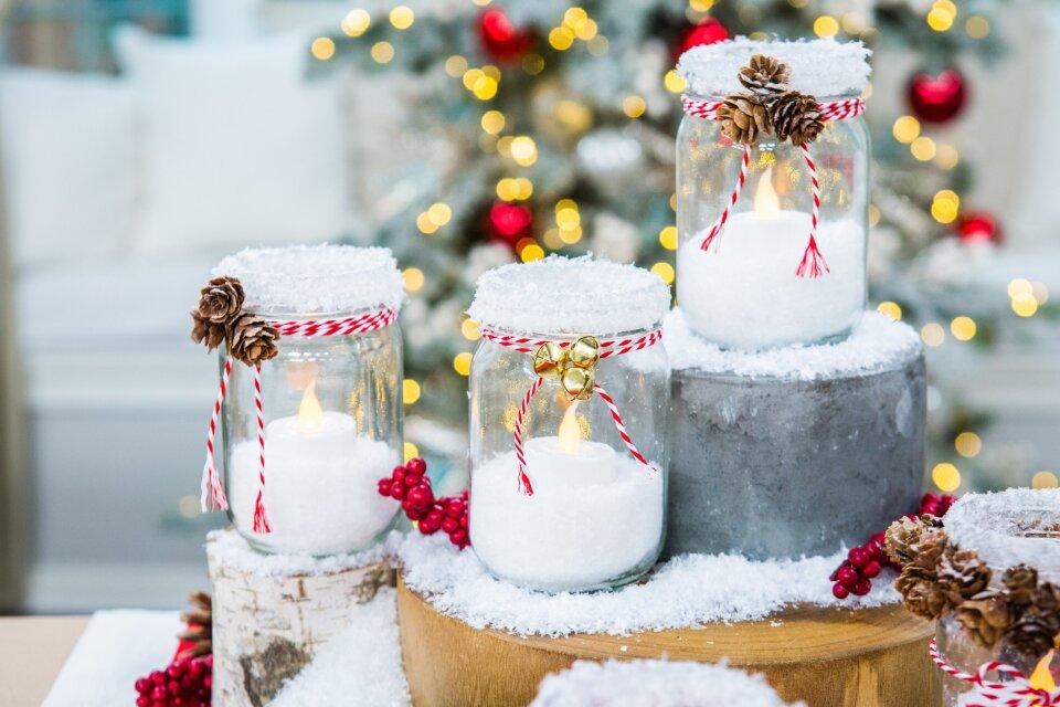 DIY Pine Cone Christmas Candles