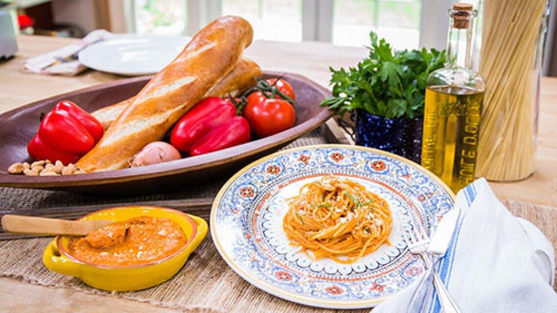 Fabio Viviani's Spaghetti Romesco