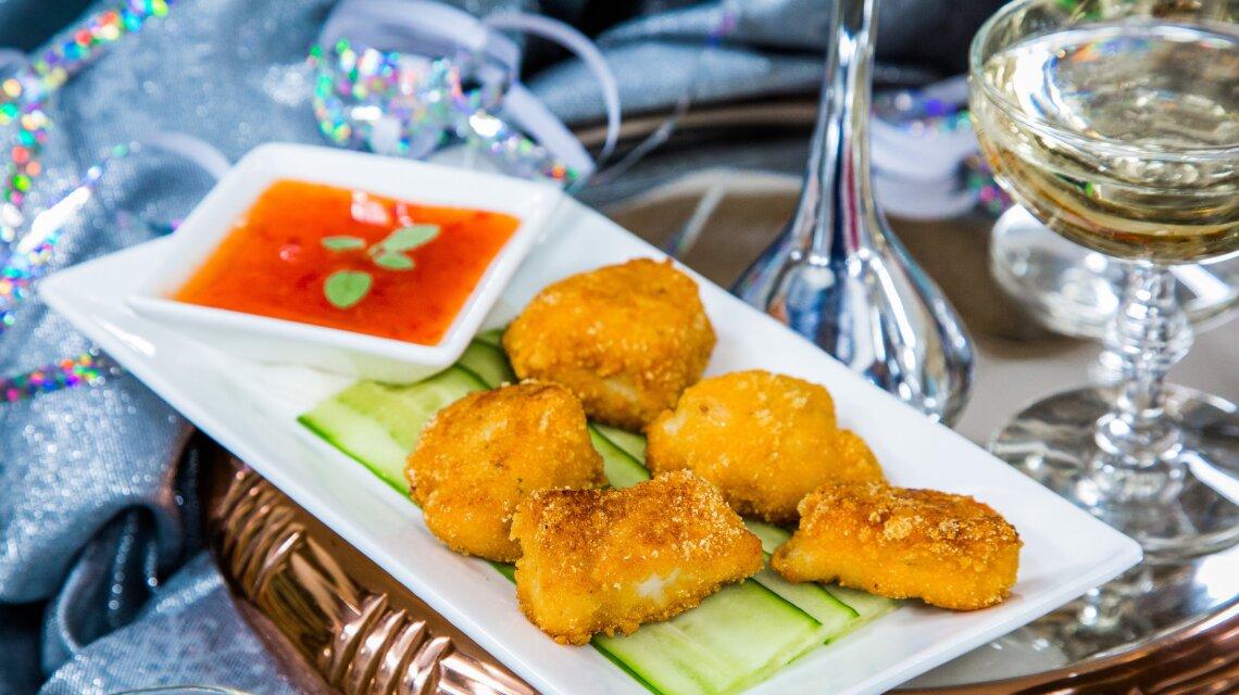 Captain Crunch Chicken Bites with Thai Sweet Chili Sauce