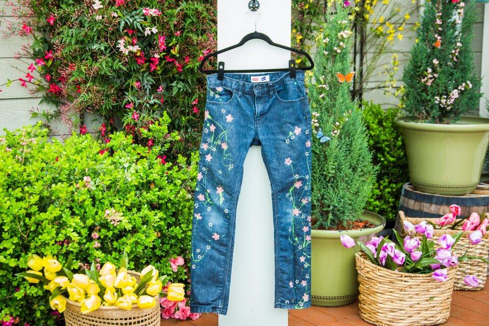 hf7139-product-jeans.jpg