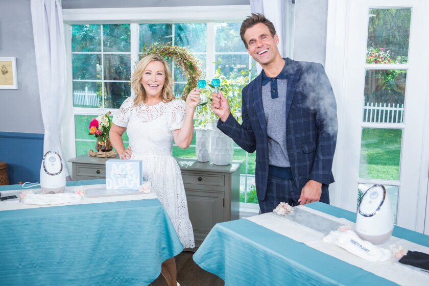 Home and Family 9085 Final Photo Assets
