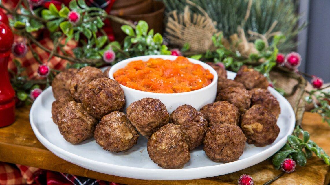 Debbie Matenopoulos - Greek Meatballs in Tomato Sauce