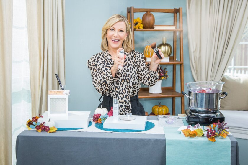 Home and Family 9004 Final Photo Assets
