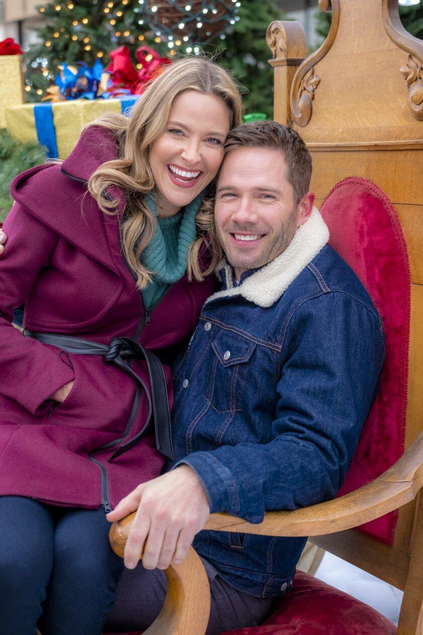 About Karen Kingsbury's Maggie's Christmas Miracle