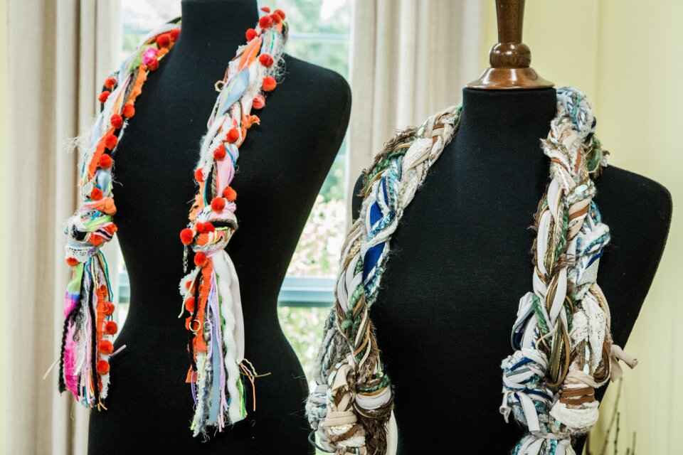hf4116-product-scarf.jpg