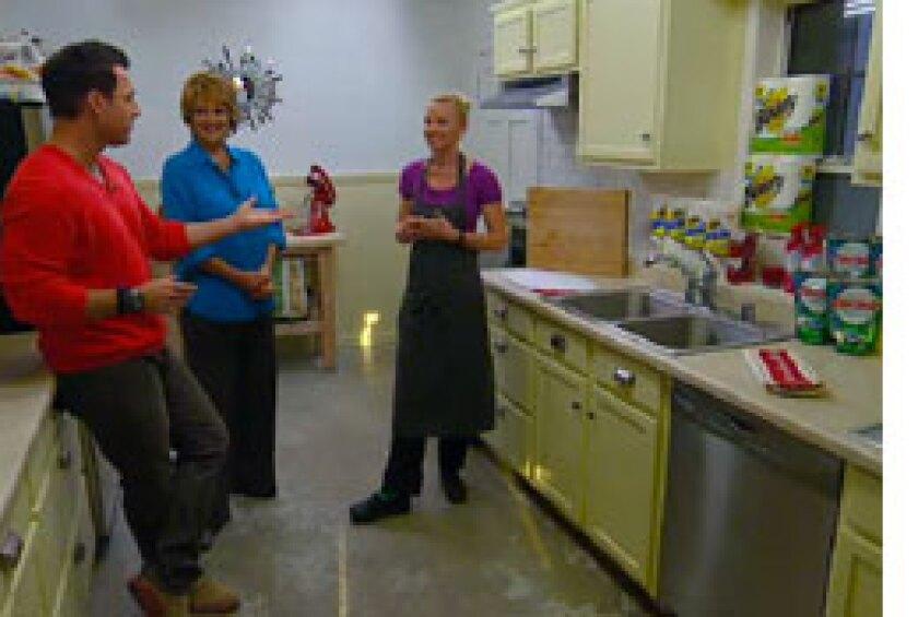 Image: http://images.crownmediadev.com/episodes/Medias/RichText/hayley-cleaning-segment-ep049.jpg