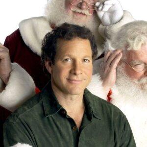Single Santa Meets Mrs. Claus