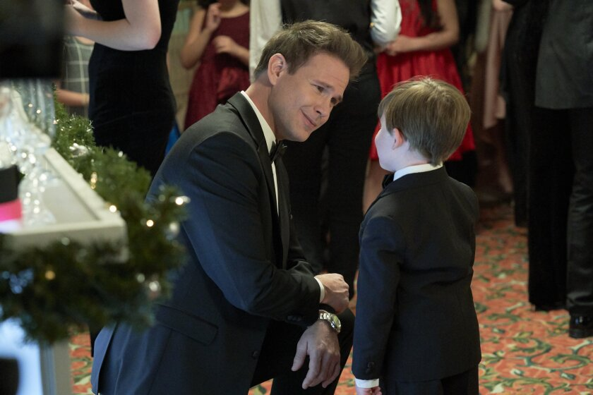 Photos from Christmas Wishes & Mistletoe Kisses - 13