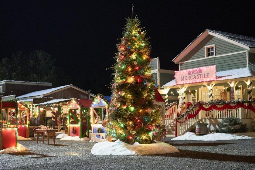 WCTH_Christmas_plate-1364_RT.jpg