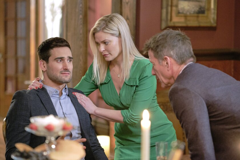 Photos from Good Witch - The Dinner - 6