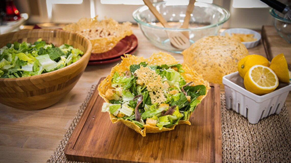 list-caesar-salad-ep1119-1.jpg