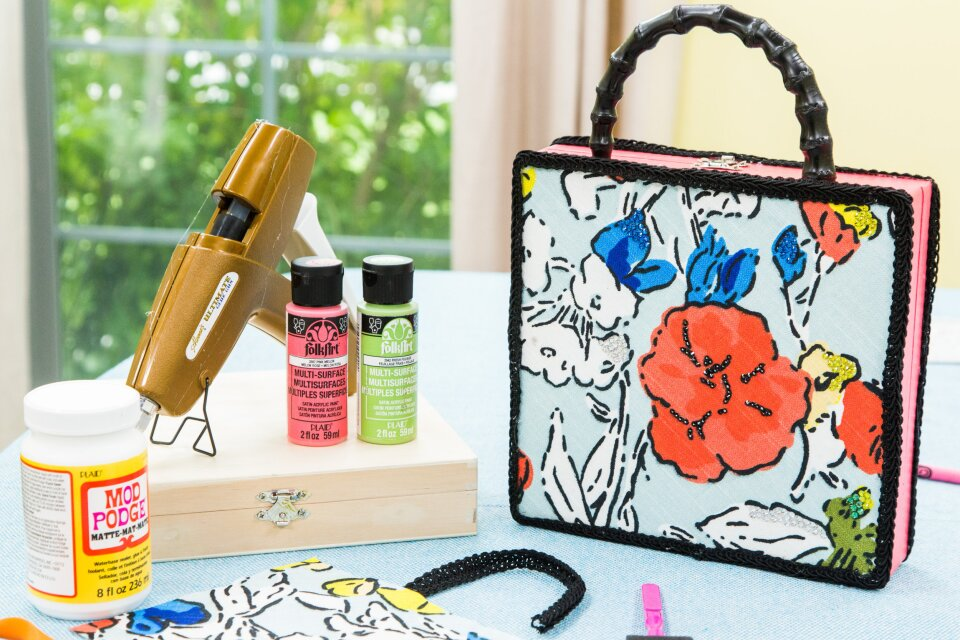 hf4178-product-purse.jpg