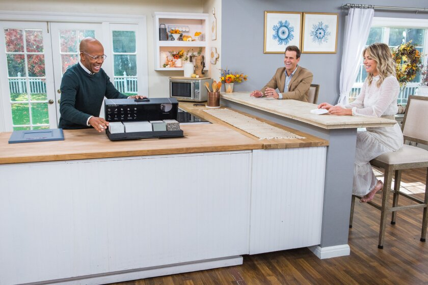 Home and Family 9011 Final Photo Assets