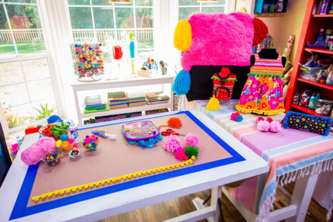 How to Pom Pom-ify your kids clothes and accessories