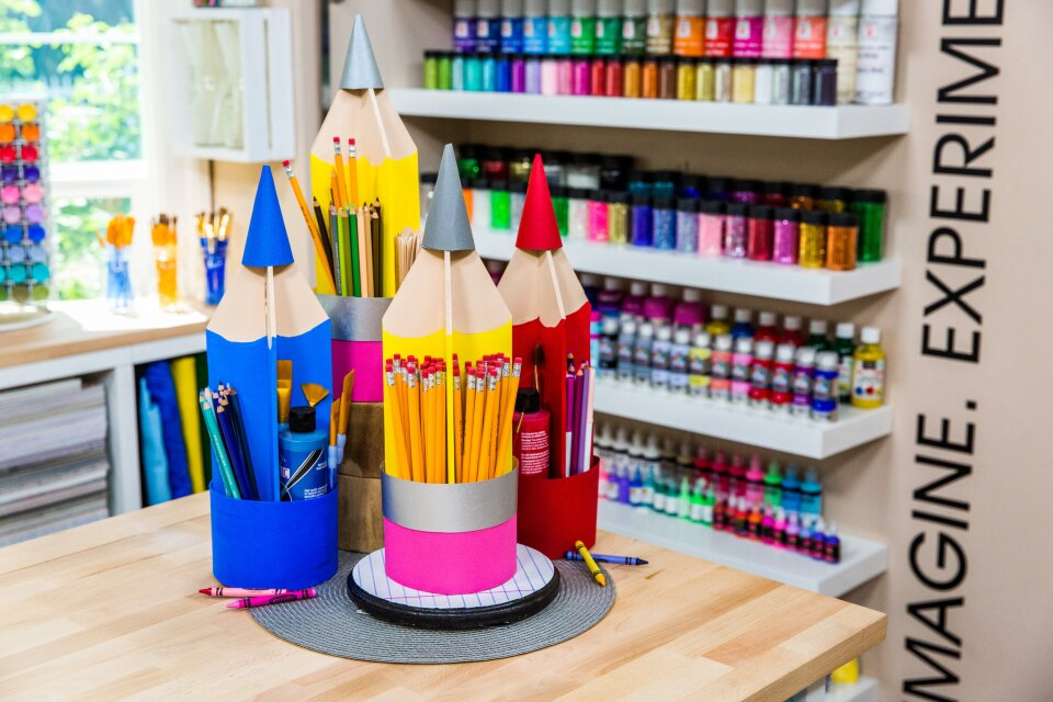 DIY Colored Pencil Organizer