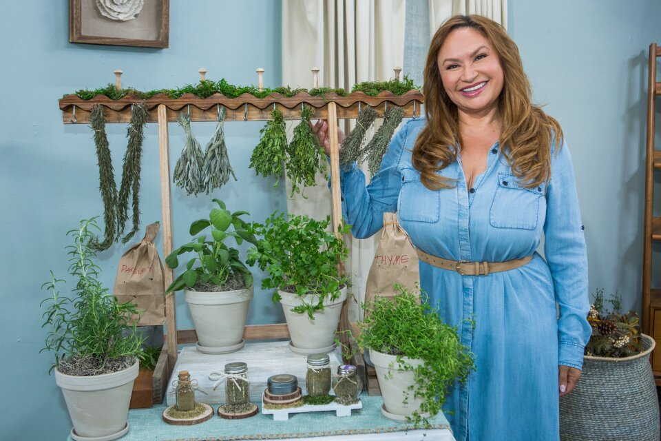 Shirley Bovshow - How To Dry Essential Herbs