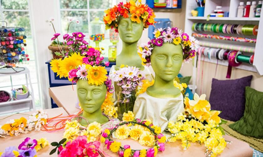 Image: http://images.crownmediadev.com/episodes/Medias/RichText/H&F-Ep1186-Segment-Summer-Solstice.jpg