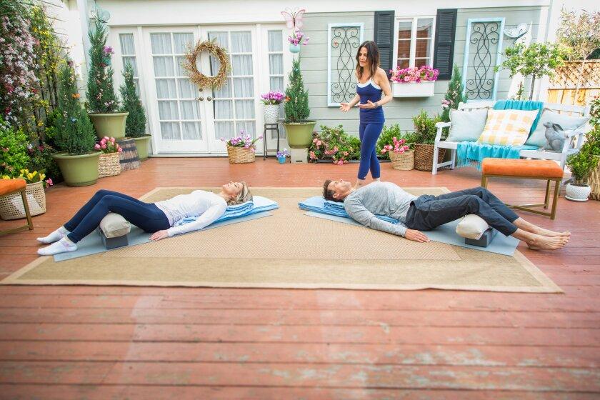 hf7144-recap-yoga.jpg