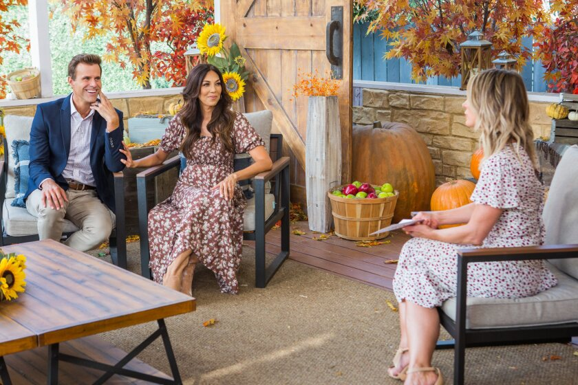 Home and Family 9022 Final Photo Assets