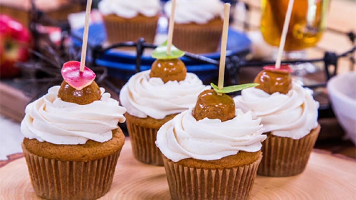 HF-Ep3014-Product-Cupcakes.jpg