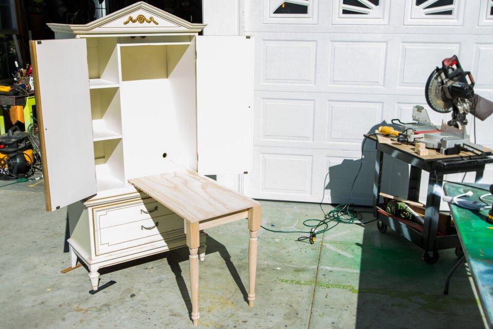 Ken Wingard's DIY Craft Armoire