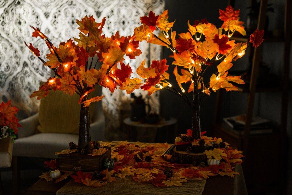DIY Fall Leaf Lamp