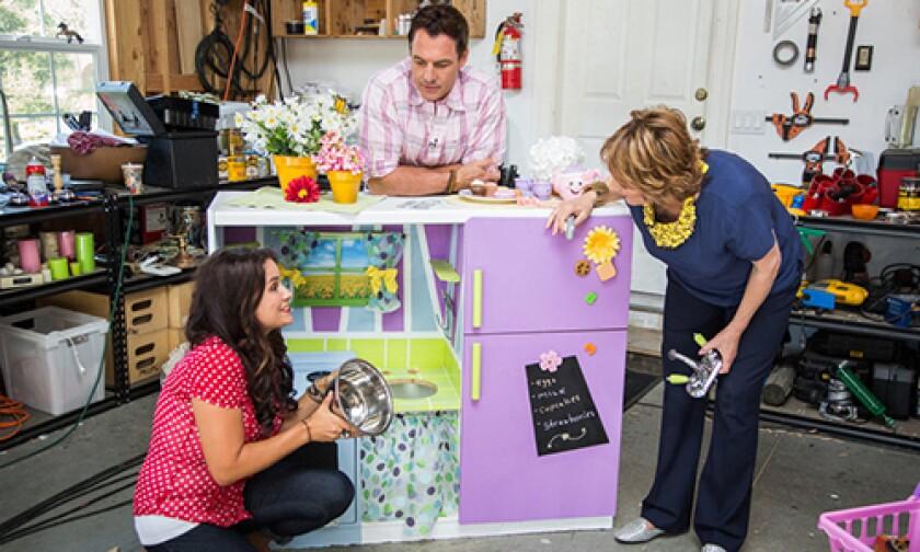 h-f-ep1171-segment-play-kitchen.jpg