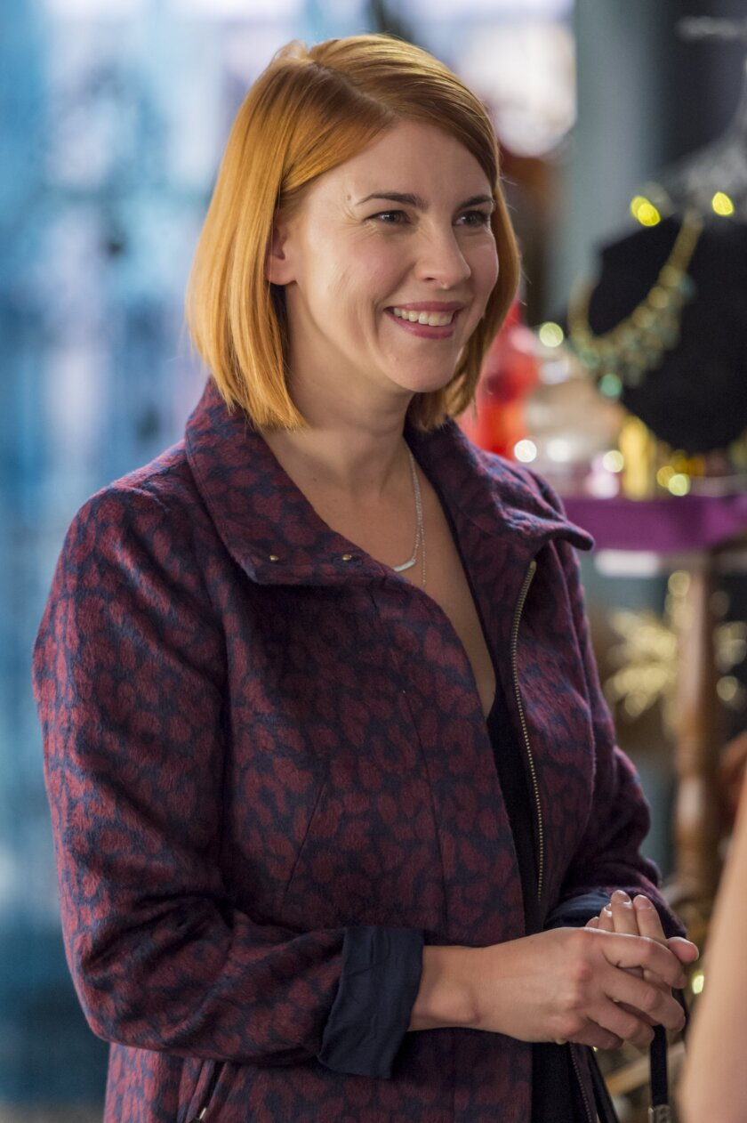 Goodwitch_2_EP_203_1479.jpg
