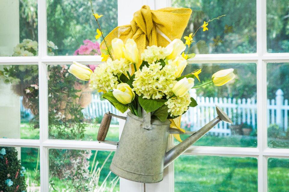 DIY Spring Tulip Wreath Three Ways