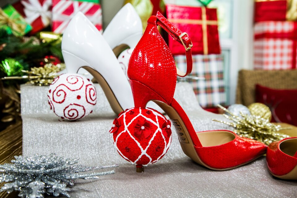 hf6059-product-heels.jpg