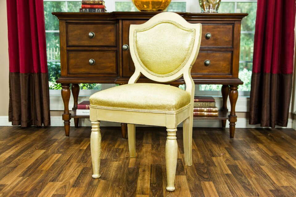 hf4162-product-chair.jpg