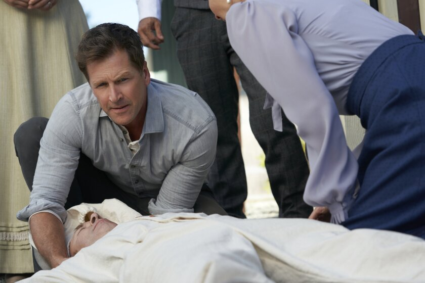 Carson Helps Ned - When Calls the Heart - No Regrets - Season 8 Episode 6